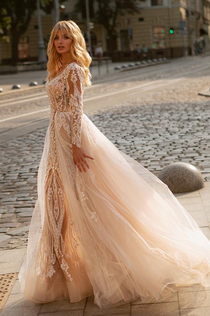 Свадебные платья Trasy Силуэт  Облегающий  Цвет  Пудровый  Кремовиый  Вырез  Сердце  Рукава  Длинный  Шлейф  Съемный шлейф - Фото 3