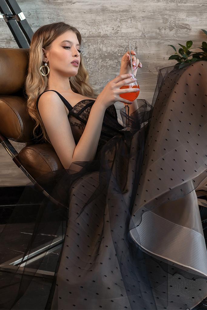 Вечерние Платья 2020 Силуэт  Пишный  Цвет  Капучино  Black  Вырез  Сердце  Рукава  Без рукавов  Шлейф  Без шлейфа - Фото 2
