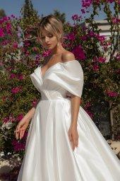 Свадебные платья Alicia Силуэт  А-силует  Цвет  White  Вырез  Сердце  Рукава  Приспущенный  Шлейф  Со шлейфом - Фото 2