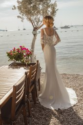 Весільні сукні Goldie Силует  Прямий  Колір  Білий  Виріз  Американка  Рукави  Без рукавів  Шлейф  З шлейфом - Фото 2
