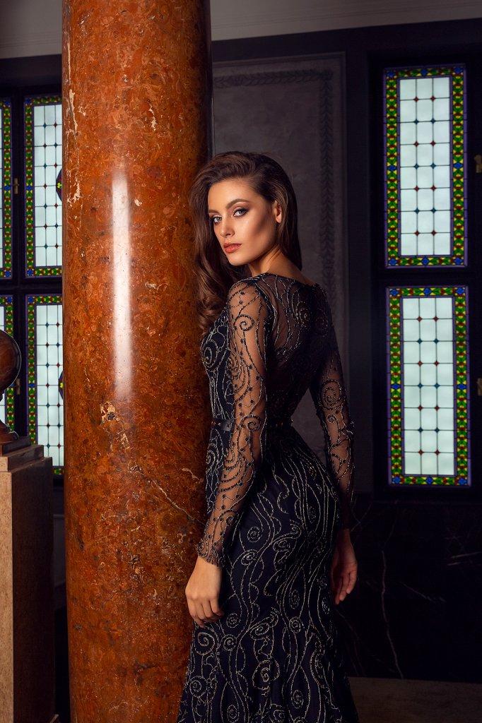 Вечірні сукні 1487 Силует  Рибка  Колір  Чорний  Виріз  Портрет (V-виріз)  Рукави  Приталений  Шлейф  З шлейфом - Фото 4