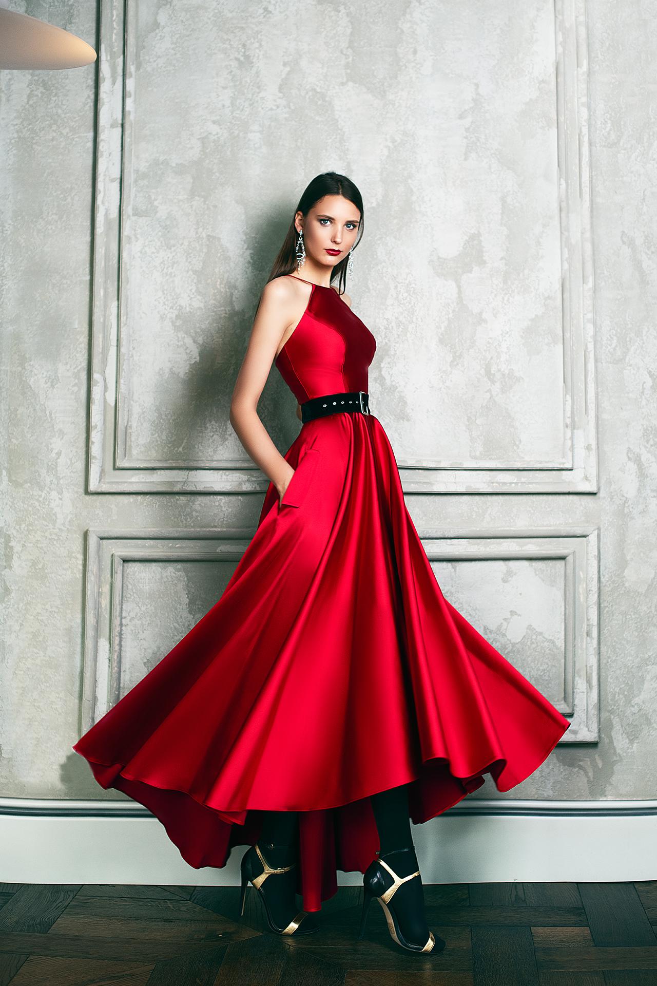 Вечірні сукні 1361-1 Силует  А-Силует  Колір  Червоний  Рукави  Без рукавів  Шлейф  Без шлейфа