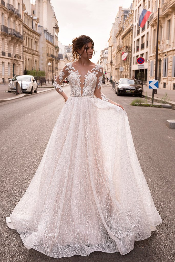 Свадебные платья Margaret Силуэт  А-силует  Цвет  Кремовиый  Рукава  Длинный
