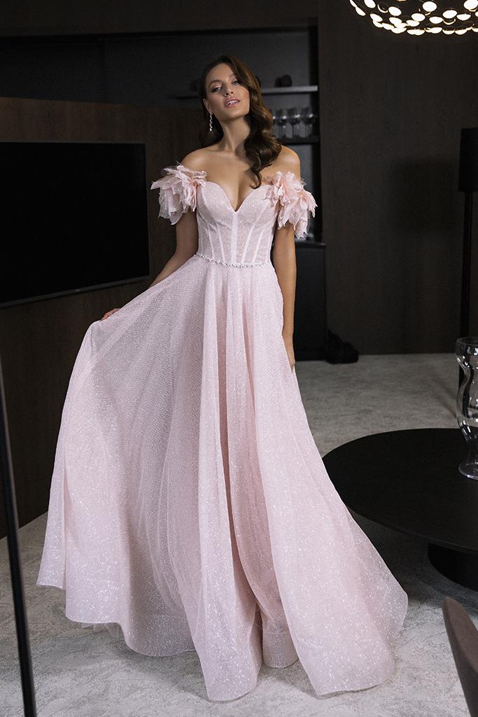 Вечерние Платья 1830 Силуэт  А-силует  Цвет  Розовый  Вырез  Сердце  Рукава  Приспущенный  Шлейф  Со шлейфом