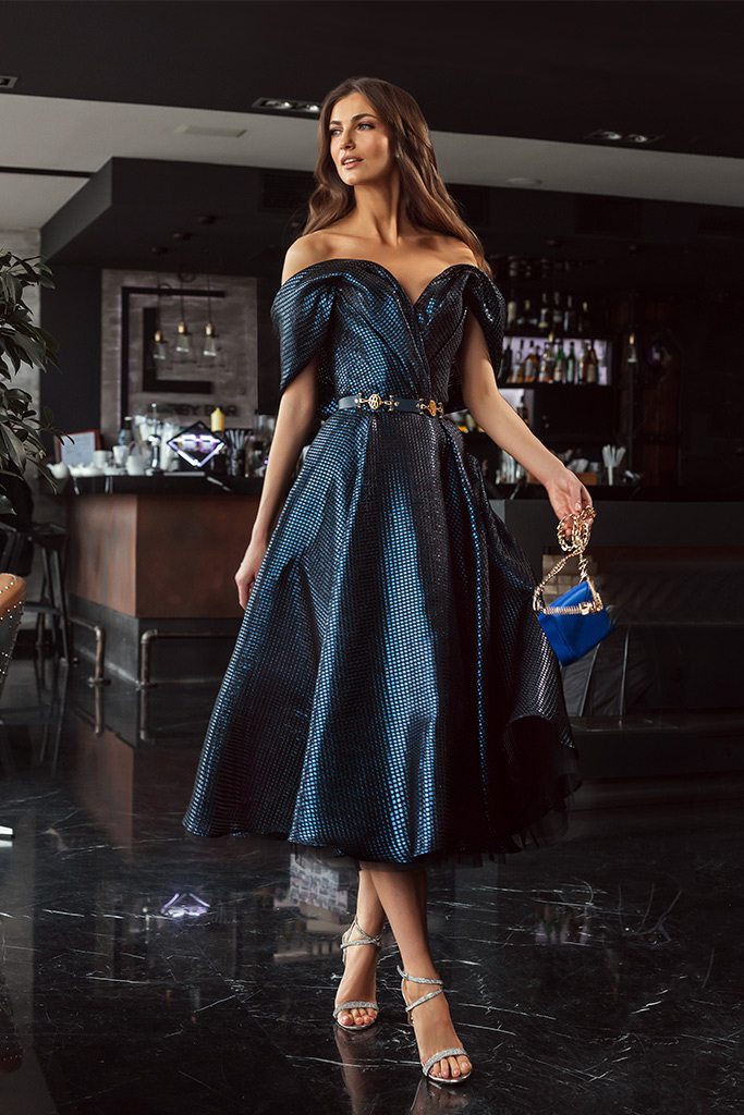 Вечерние Платья 1930 Силуэт  А-силует  Цвет  Синий  Вырез  Сердце  Рукава  Приспущенный  Шлейф  Без шлейфа